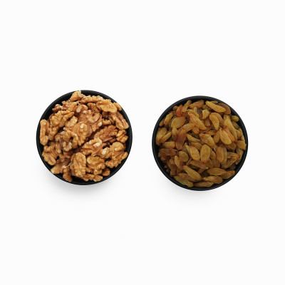 Premium Combo Green Raisin and Walnuts (Hari Kishmish and Akhrot)